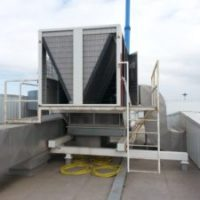 Reparação de fuga de fluído frigorigéneo em UTA (3)